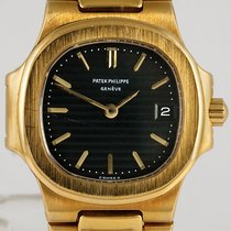 Patek Philippe 4700 Or jaune 1990 Nautilus 27mm occasion