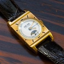 卡地亚  1940s CARTIER TRIPLE CALENDAR EUROPEAN WATCH COMPANY WATCH