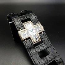 로저드뷔 (Roger Dubuis) Follow Me 18K White Gold & diamonds.