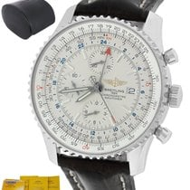 Breitling Navitimer World pre-owned 46mm White Chronograph Date Leather