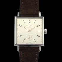 NOMOS Tetra 27 27.5mm Champagne United States of America, California, Burlingame