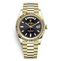 Rolex Day-Date 40 Or jaune 40mm Noir Sans chiffres