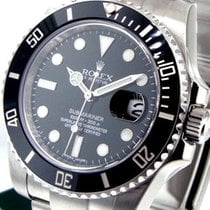 Rolex Submariner Date new Automatic Watch with original box and original papers 116610