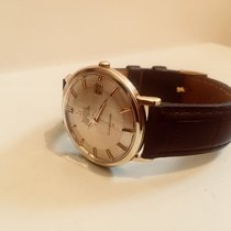 Omega Constellation 1960s vintage watch cal 561 automatic Pie Pan