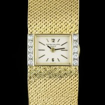Patek Philippe pre-owned Manual winding Gemstone 18mm Yellow gold Sapphire Glass