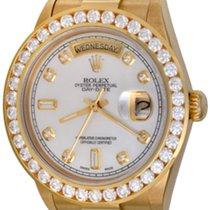 Rolex Day-Date 36 Zuto zlato 35mm Sedef-biserast Bez brojeva