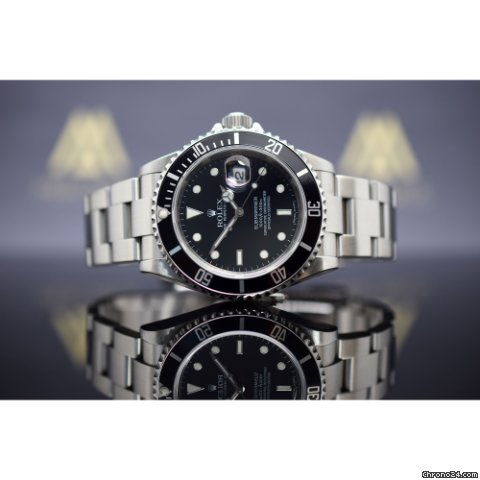 rolex submariner date f r kaufen von einem trusted. Black Bedroom Furniture Sets. Home Design Ideas