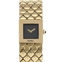 Chanel Women's watch 19mm Quartz pre-owned Watch only 2000