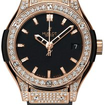 Hublot Classic Fusion Quartz King Gold Pavé 33mm