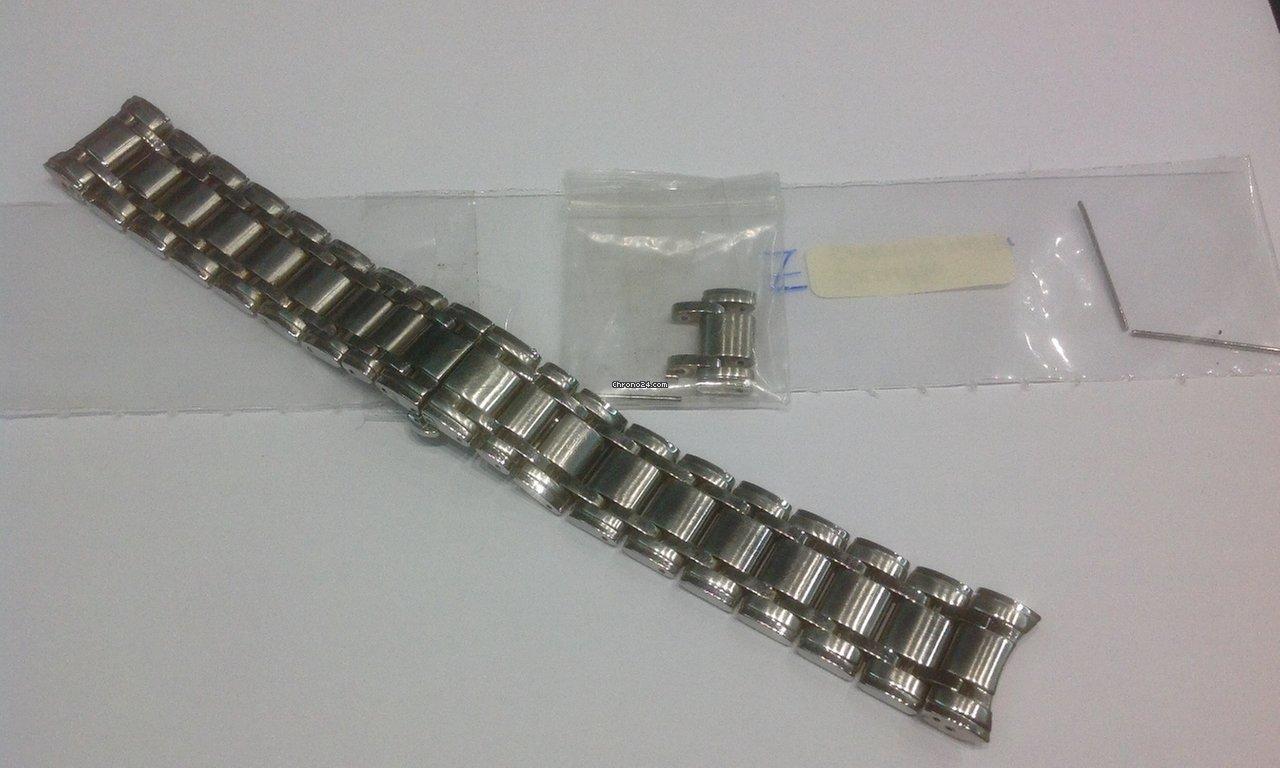 fcf75e153c6 Comprar braceletes para relógios baratas na Chrono24