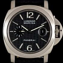 Panerai 18k White Gold Carbon Fibre Dial Luminor Marina...