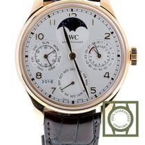 IWC Portuguese Perpetual Calendar Or rouge 44.2mm Blanc Arabes