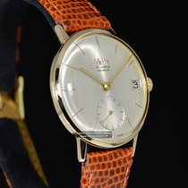 Wyler Vetta Yellow gold 35mm Manual winding pre-owned