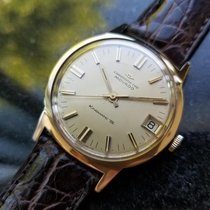 Movado Chronometer 34mm Automatic 1960 pre-owned Kingmatic Champagne