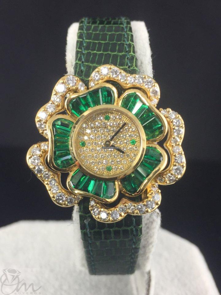 Audemars Piguet 18K gold emeralds diamonds lady nº1