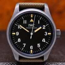 IWC Pilot Mark 40mm Fekete Arab