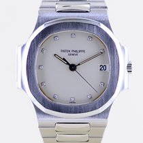 Patek Philippe Nautilus pre-owned 37mm Steel