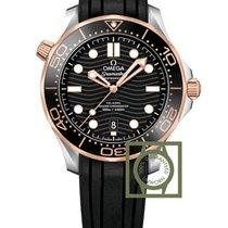 Omega Seamaster Diver 300M Steel/Sedna Gold Black Rubber Strap...