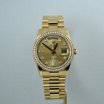 Rolex Day-Date 36 Or jaune 36mm Champagne Sans chiffres