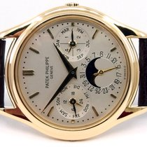 Patek Philippe Perpetual Calendar Yellow gold 36mm Silver No numerals