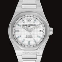 Girard Perregaux Laureato new Automatic Watch with original box and original papers 81010-11-131-11A
