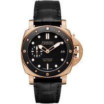 Panerai Luminor Submersible Rosa guld 42mm Sort