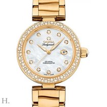 Omega De Ville Ladymatic Or jaune 34mm Nacre
