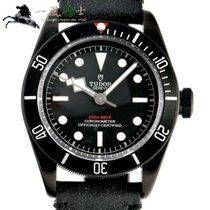 チュードルブラックベイ ・新品/未使用・時計 (説明書付き、化粧箱入り)・41 x 45 mm・スチール