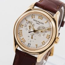Patek Philippe Annual Calendar pre-owned 37mm Yellow gold