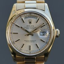 Rolex 18028 Yellow gold 1977 Day-Date 36mm pre-owned