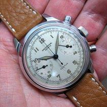 Universal Genève Universal Geneve Oversize Chronograph  ...