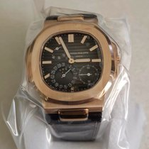 Patek Philippe Nautilus 5712R New Rose gold 40mm Automatic