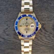 Rolex Submariner Date 16618 1991 pre-owned