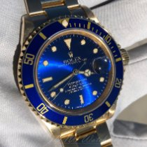Rolex Submariner Date 16618 1992 pre-owned