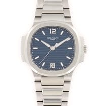 Patek Philippe 7118/1A-001 Steel Nautilus 2016mm pre-owned United States of America, California, Beverly Hills