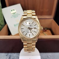 Rolex Day-Date 1807 / 1975 / Box and Papers / Near Mint