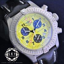 Breitling Chronograph 44mm Quartz pre-owned Avenger (Submodel) Black