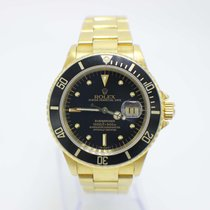 Rolex 16808 Yellow gold Submariner Date 40mm pre-owned United States of America, California, San Diego