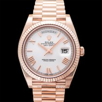 Rolex Day-Date 40 Or rose Blanc