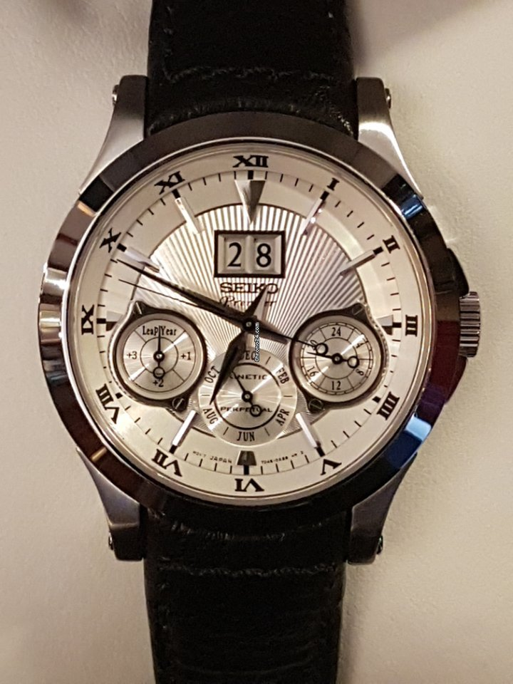 Seiko premier kinetic perpetual 40mm new for 800 for sale from a trusted seller on chrono24 for Jaeger lecoultre kinetic