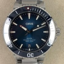 Oris Aquis Date new Automatic Watch with original box and original papers 01 733 7732 4185-Set
