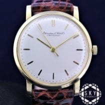 IWC Yellow gold 35mm Manual winding pre-owned