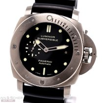 Panerai Luminor Submersible 1950 3 Days Automatic Titan 47mm Svart Inga siffror