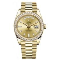 Rolex DAY-DATE 40 18K Yellow Gold President Diamond Bezel...