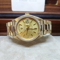 Rolex Day-Date - Gold 18kt - President - SUPER FULL SET 1982
