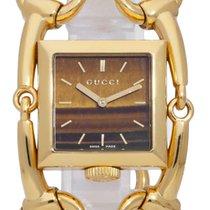 Gucci Жёлтое золото Кварцевые 25mm подержанные