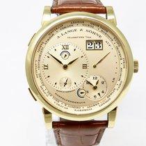 A. Lange & Söhne Lange 1 Zeitzone Gelbgold 116.021