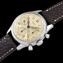 Universal Genève Compax 1940 pre-owned