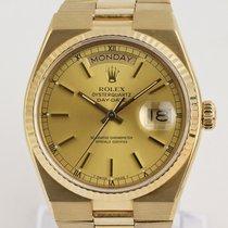 Rolex Day-Date Oysterquartz Oro amarillo 36mm Champán Sin cifras