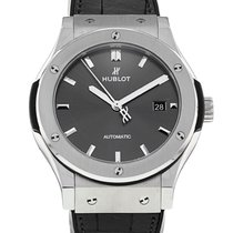 Hublot Classic Fusion Racing Grey pre-owned 42mm Titanium